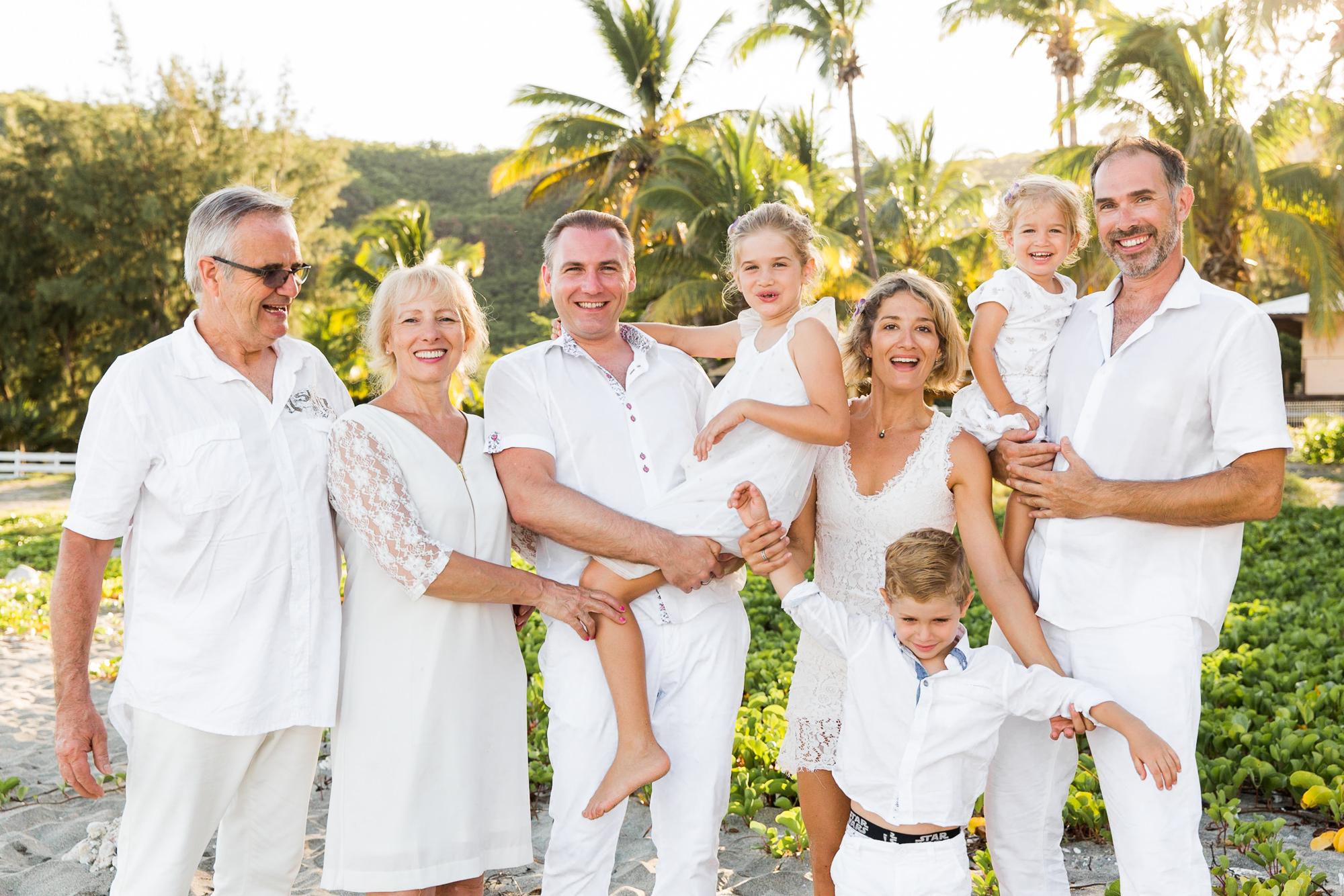 famille-enfant-plage-shooting-seancephoto-photographe-reunion-saintgilles-saintpaul