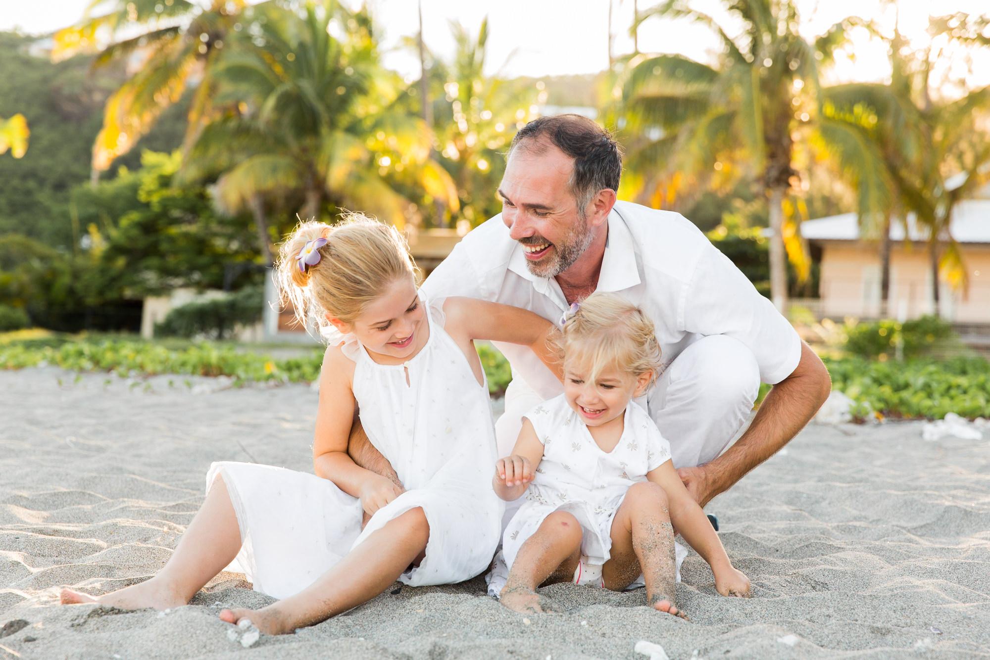 famille-enfant-plage-shooting-seancephoto-photographe-ilereunion-saintgilles-saintpaul